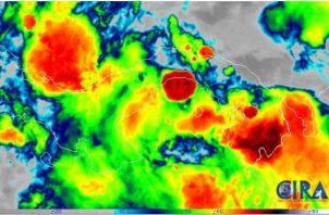 El paso de estas dos ondas tropicales generan fuertes lluvias y tormentas eléctricas en Panamá, según Etesa y Sinaproc.