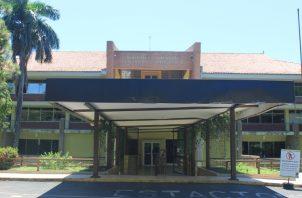 'La Biblioteca Nacional es la sede del patrimonio documental de la Nación panameña', dice María Magela Brenes. Cortesía/Binal