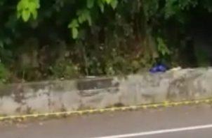 La diligencia de levantamiento de cadáver fue realizada por la fiscal Paola Palacios quien ordenó el traslado a la morgue judicial