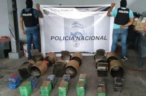 Llevaba 63 kilogramos de cocaína escondidos en cilindros de gas. Foto: Diómedes Sánchez.