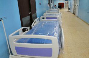 La sala de COVID-19 del hospital Manuel Amador Guerrero ya se encuentra   en su máxima capacidad. FOTO/DIOMEDES SÁNCHEZ