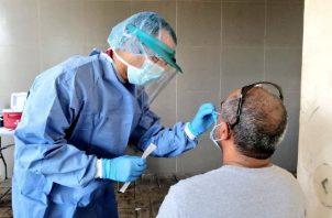Los hospitales están a su máxima capacidad. Foto Minsa