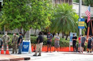 El repunte del coronavirus está poniendo bajo una gran presión al sistema de salud de Florida, aunque no se ha llegado al colapso. FOTO/EFE