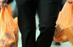 Las bolsas con polietileno tenían un costo de $1,300 la tonelada.