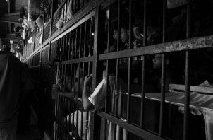 Miles de privados de libertad, con más de las 2/3 partes de la pena, son candidatos a la libertad vigilada. Foto: Archivo.