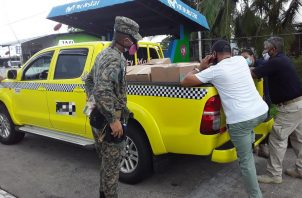 El transportista no pudo presentar las facturas de la mercancía que transportaba. FOTO/@Senafrontpanama