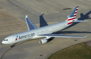 American espera reducir sus gastos en 15.000 millones para el conjunto de 2020, principalmente por el cierre de vuelos. EFE