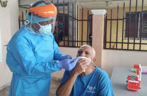 En Panamá hay 23,780 pacientes de COVID-19 activos, de los  56,817 casos reportados.