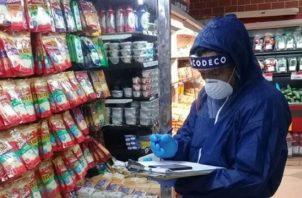 A pesar de la situación generada por el Covid-19, el personal de verificación de esta institución realiza sus tareas diarias de protección al consumidor.