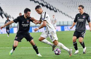 Cristiano Ronaldo anotó dos goles, pero no alcanzó. Foto:EFE