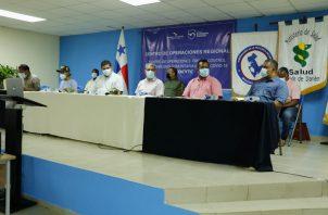 Al ministro  Salud, Luis Francisco Sucre lo acompañaron en el recorrido el ministro de Seguridad, Juan Pino; la viceministra de Salud, Ivette Berrío.