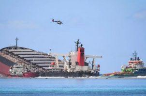 La Autoridad Marítima de Panamá señaló que este accidente ha ocasionado un estado de emergencia medioambiental.