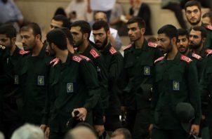 Estudiantes y civiles iraníes protestan en Teherán contra Israel, Estados Unidos y Emirantos Árabes Unidos. Fotos: EFE.