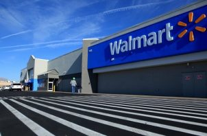 En el primer semestre de su ejercicio fiscal Walmart facturó $254,302 millones. EFE