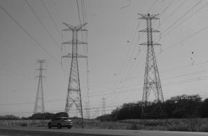 La planificación se refiere principalmente a definir el aumento de la capacidad de generación, por ser el segmento que requiere la mayor inversión. Foto: Archivo. Epasa.