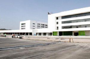 La Ciudad Hospitalaria tiene cinco años de retraso, ya que debió inaugurarse desde el 2015. Archivo