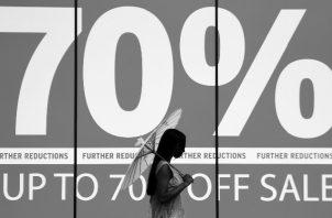 """Una boutique no puede ser solo una tienda en donde se va a comprar. Se trata ahora de brindar una """"experiencia"""" que anime a querer visitarla, sea en línea o físicamente. Foto: EFE."""