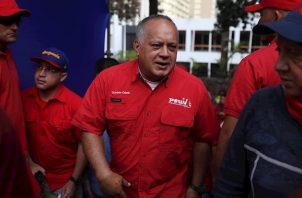 """Cabello dijo que la ANC cumplió """"totalmente"""" con su cometido, puesto que generó una batería de leyes, que no mencionó, y que aseguró servirán para la """"refundación del Estado"""" venezolano."""