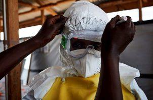 Esta epidemia es la peor de la historia de la RDC y la segunda más grave del mundo, después de la que asoló África occidental de 2014 a 2016, en la que murieron 11.300 personas y hubo más de 28.500 casos, aunque esas cifras -según la OMS- pueden ser más altas.