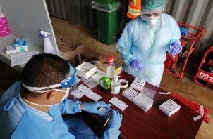 El personal del Minsa realizó 4.740 pruebas nuevas de contagio COVID-19. Foto cortesía Minsa
