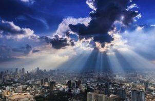 La capa de ozono es una franja frágil de gas que protege la Tierra de los efectos nocivos de los rayos solares. Foto cortesía PNUD