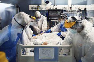 El paciente estuvo críticamente enfermo durante 17 días.