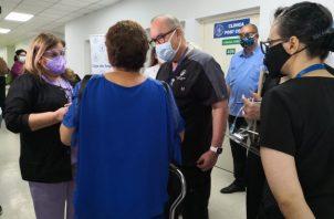 Existen pacientes que quedan con un trastorno de difusión, dijo el doctor Lau Cortés.