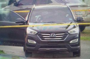 El vehículo tiene varios impactos de bala. Foto: Tráfico Panamá