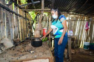 Entregan soluciones de viviendas a familias chiricanas