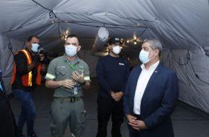 El ministro Sucre luego de agradecer al gobierno de los Estados Unidos por esta donación, aseguró que estos hospitales, sin duda alguna podrán salvar muchas vidas.