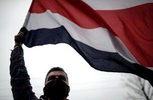 """Por su parte el ministro de seguridad de Costa Rica, Michael Soto aseguró que se ha reunido los jefes de la Fuerza Pública que le aseguraron que """"todo está en orden y bajo control""""."""
