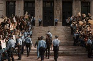 'El juicio de los 7 de Chicago' fue creada por el guionista y director Aaron Sorkin. Foto: Netflix