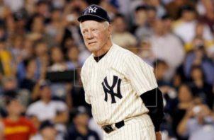 Ford, legendario lanzador de los Yanquis, falleció a los 91 años. EFE