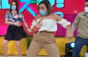 Criticaron a la presentadora de Jelou, Alexa Chacón por su vestimenta. Foto: Instagram