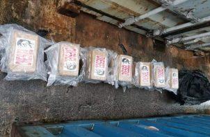La acción fue ejecutada por la dirección nacional antidrogas de la Policía Nacional en conjunto con la Fiscalía de drogas de Colón y Guna Yala.