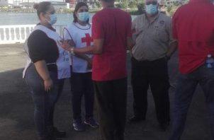 La Cruz Roja panameña, también se ha unido a las labores de búsqueda de las cinco personas desaparecidas desde el sábado 10 de octubre.personas.