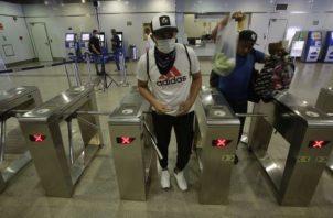 Además de las multas el Metro de Panamá anuncia que atenderá a los usuarios de 7 de la mañana a 8 de la noche los domingos.