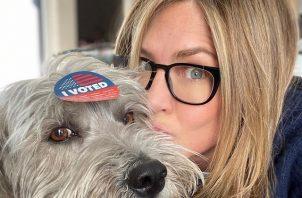 Jennifer Aniston ya emitió su voto. Foto: Instagram