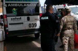 El hombre de 30 años que fue herido en la boca del estómago y llegó por sus propios medios al hospital Nicolás A. Solano en busca de atención médica.