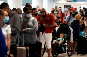 Toda persona que no quiera hacerse la prueba será reubicada en otro vuelo. Foto: Archivo/Ilustrativa