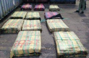 En total se contabilizaron 776 paquetes de cocaína. Foto: Diómedes Sánchez S.