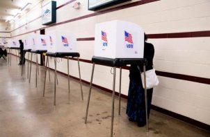Cálculos del grupo no partidista Political Polls señalan que la votación anticipada de Florida, que aporta 29 votos al Colegio Electoral que elige al presidente, ya superó los 9,4 millones de votos totales de 2016. Foto: EFE