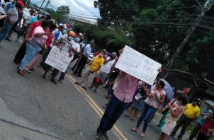 Los moradores solicitan que este problema sea resuelto, ya que en medio de la pandemia, les resulta difícil su aseo personal.