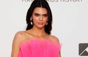 La modelo estadounidense Kendall Jenner en una fiesta del ámbito del Festival de Cine de Cannes.  Foto: EFE