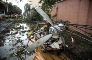 El vicepresidente guatemalteco, Guillermo Castillo, manifestó su pesar en redes sociales por el accidente y detalló que el fallecido es Juan José Lopéz Yat, quien intentaba llevar ayuda humanitaria a Alta Verapaz.