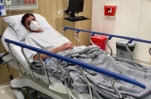 El contralor Gerardo Solís está internado en un hospital de la ciudad capital.