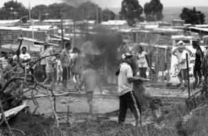 Le toca al Estado resolver el déficit habitacional en el país, no a los particulares. Foto: EFE.