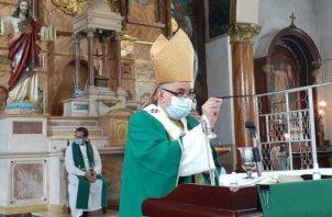 Monseñor José Domingo Ulloa agradeció el trabajo que realizan los periodistas.
