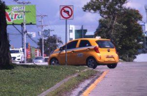 Los taxistas protestaron para que la medida se mantuviera.
