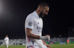 Karim Benzema anotó los dos goles del Real Madrid: Foto:EFE